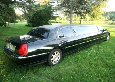 2011-Lincoln-Town-Car-Limousine-120-Long-door-10-pass-Limo-Coach-03
