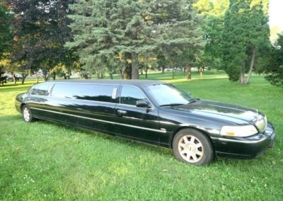 2011-Lincoln-Town-Car-Limousine-120-Long-door-10-pass-Limo-Coach-07