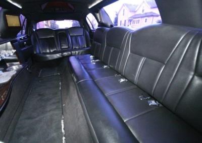 2011-Lincoln-Town-Car-Limousine-120-Long-door-10-pass-Limo-Coach-09