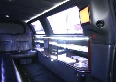 Limousine-120-Long-door-10-pass-Limo-Coach-15