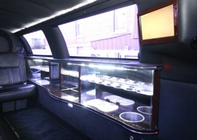 Limousine-120-Long-door-10-pass-Limo-Coach-23