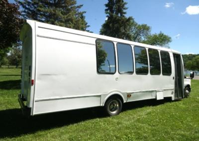 limo-coach-22-passenger-TT-39-22