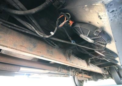 limo-coach-22-passenger-TT-39-23