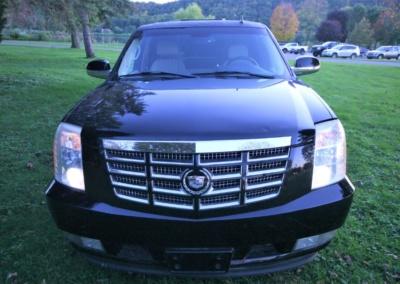 2008 Cadillac Escalade SUV Limo Front Clip