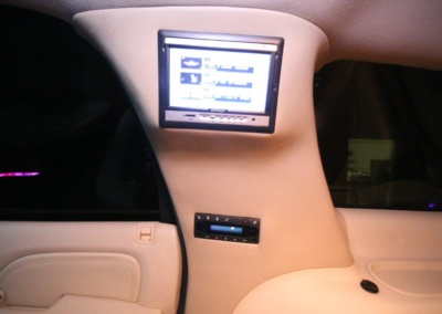2008 Cadillac Escalade SUV Limo Interior TV
