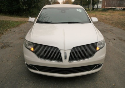 2014-MKT-MKT-Lincoln-Town-Car-120_SUV-Limo-08