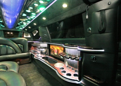 2014-MKT-Lincoln-Town-Car-120_SUV-Limo-14